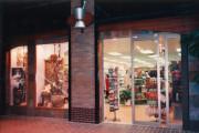 vitrine-de-pharmacie-wtc-montreal